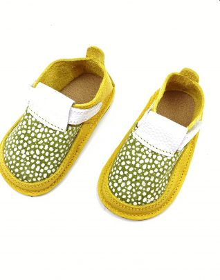 Pantofi barefoot din piele naturala Colectia Bebe Spring-Summer 2021 ocru-verde bulinute