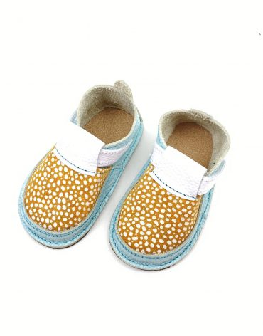 Pantofi barefoot din piele naturala Colectia Bebe Spring-Summer 2021 Mint-ocru bulinute